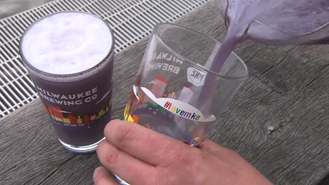 Milwaukee Brewing Company unveils glitter beer