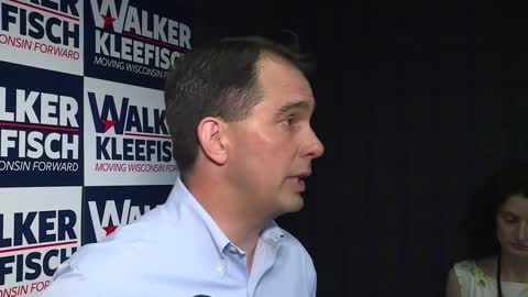 Gov. Walker holds campaign rally in Glendale