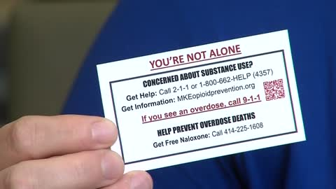 Local group handing out 100,000 cards in effort to stop Fentanyl deaths