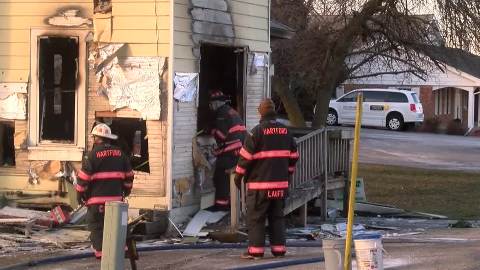 Hartford couple loses everything in overnight house fire