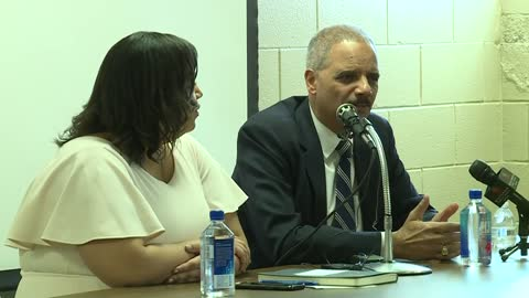 Former AG Eric Holder talks redistricting in Milwaukee