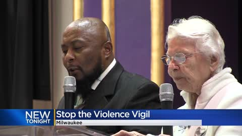 Milwaukee community hosts vigil for homicide victims in 2019