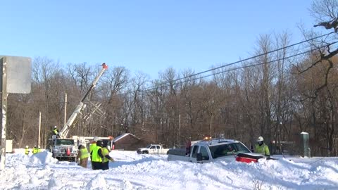 UPDATE: Power lines snap in Kenosha County due to cold, service restored to customers