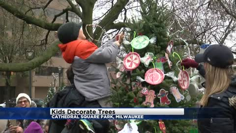 Kids decorate trees, design own ornaments at Cathedral Square Park