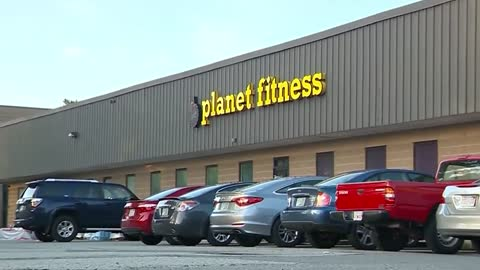 Kohl's is shrinking stores and leasing out the extra space to Planet Fitness