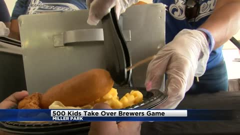 Brewers and U.S. Cellular donate $20,000 to Boys and Girls Club of Milwaukee