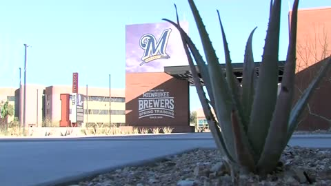 Brewers open American Family Fields of Phoenix