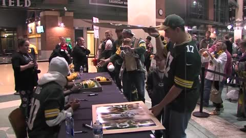 Packer fans weigh in on McCarthy firing decision during autograph signing at Lambeau Field