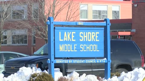 Lake Shore Middle School teacher resigns after district learns of alleged inappropriate relationship with student at former job