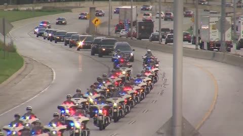 Body of fallen Milwaukee police officer escorted to funeral home