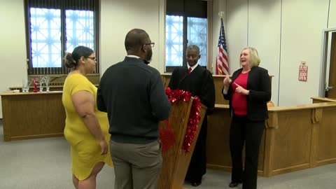 Couples wed at Milwaukee County Courthouse in special Valentine's Day ceremonies