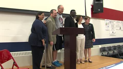 PE teacher at Honey Creek Elementary School named PE Teacher of the Year