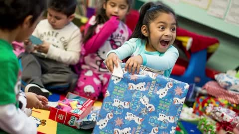Noche de Niños toy drive benefits kids around Milwaukee