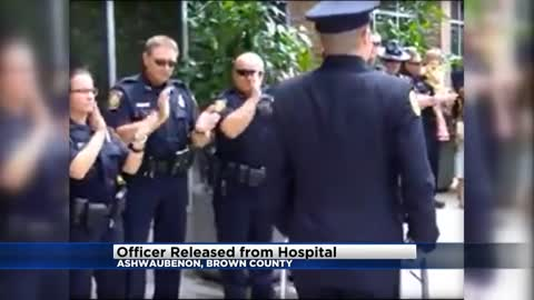 Standing ovation for the Ashwaubenon officer released from the hospital