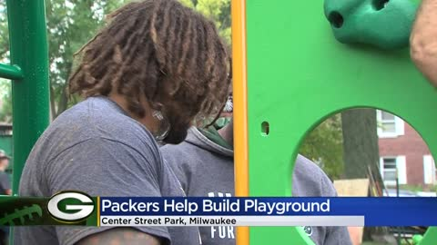 Packers build new playground at Center Street Park