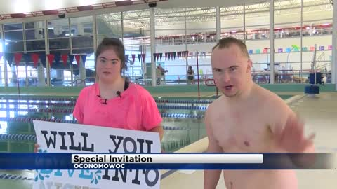 Special Oconomowoc 'promposal' caught on tape