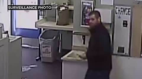 Suspect wanted for stealing purse in Muskego, racking up $800...