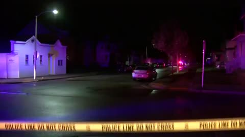 19-year-old man fatally shot near 12th and Center