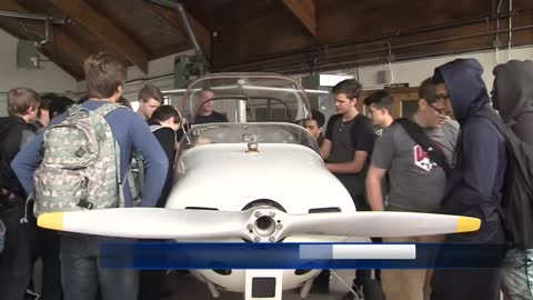 40 students signed up for Racine class using real airplane