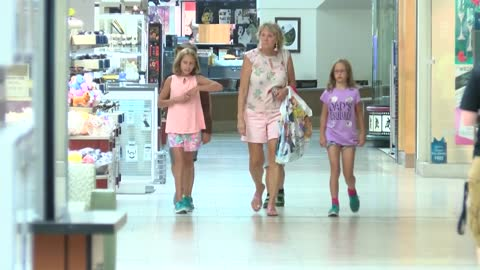 """It makes a big difference:"" Local shoppers taking advantage of sales tax holiday"