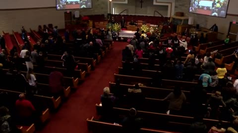 'Milwaukee took my baby': Sandra Parks laid to rest, hundreds pay final respects