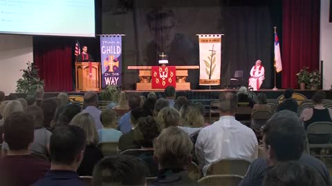 Shoreland High School holds prayer service to remember 18-year-old killed in crash