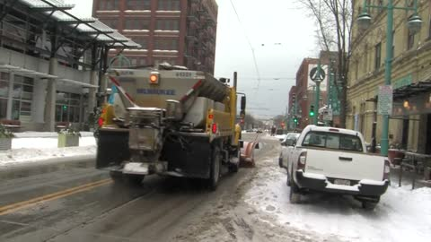 4,200 parking citations issued during Milwaukee's first snow operation of 2019