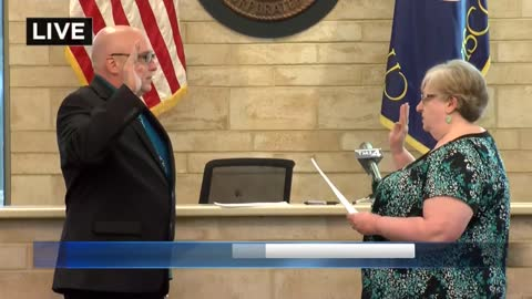 New St. Francis Mayor sworn-in following recall vote