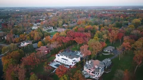 Lake Geneva community makes most of snow-shortened fall leaf season
