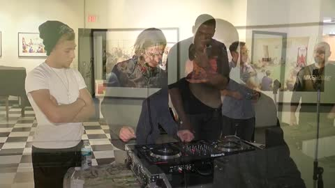 Free DJ lessons: Sunday morning spotlight