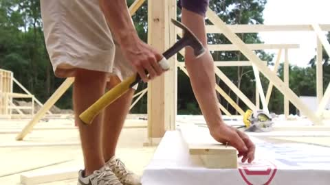 Waukesha home builder turns profession into patriotism