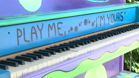 Play Me, I'm Yours art installation brings melody to Cedarburg