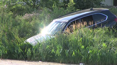 SUV found on edge of lagoon in McGovern Park