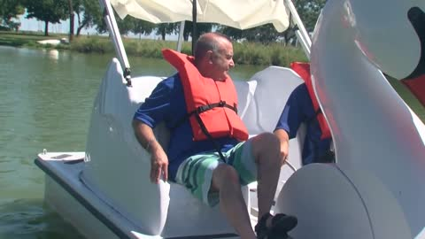 Swan boat rentals continue in Milwaukee as summer winds down