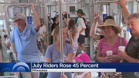 'We love The Hop': Ridership on Milwaukee's streetcar skyrocketed this summer
