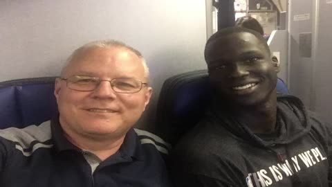 Bucks forward Thon Maker gives up seat on oversold flight