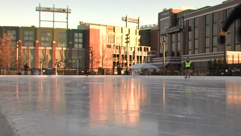 Titletown announces free indoor movies and Winter Games