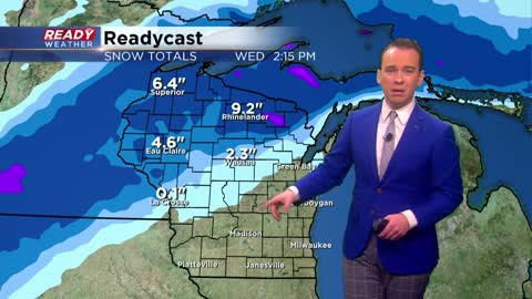 Rain and snow move in Tuesday, very strong wind arrives Wednesday