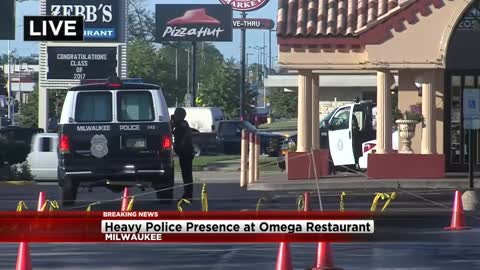 Workers stop attempted robbery at Milwaukee restaurant