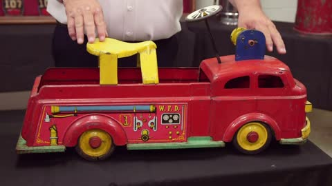 Collector's Call Web Extra: American LaFrance Model Toy