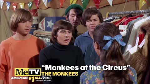 Micky Dolenz sings an old theme song in ''Monkees at the Circus''