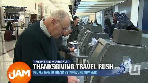 Thanksgiving Travel Rush at O'Hare Airport