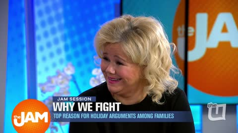 Jam Session with Caroline Rhea: Why People Fight on Holidays, Blake Shelton, and Horoscopes