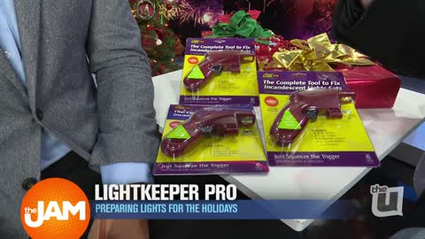 The Light Keeper Pro is Perfect for Fixing Holiday Lights in Seconds