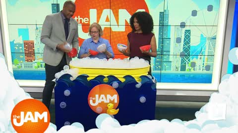 Play the Jam: Rub a Dub Dub with Hanna