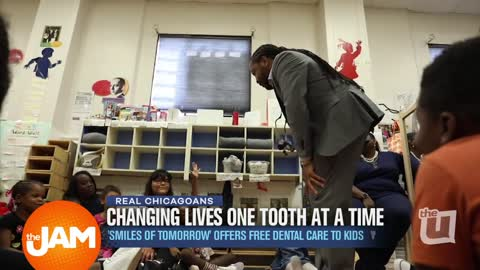 Real Chicagoans | Dentist Offering Free Dental Care